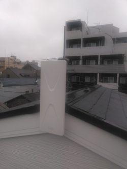 デザインアンテナの破風設置の一例